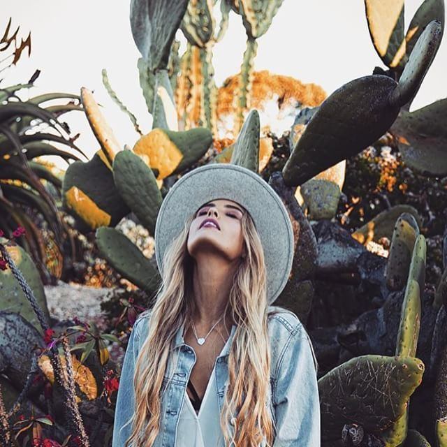 Cacti + sun hats || Ready for Coachella