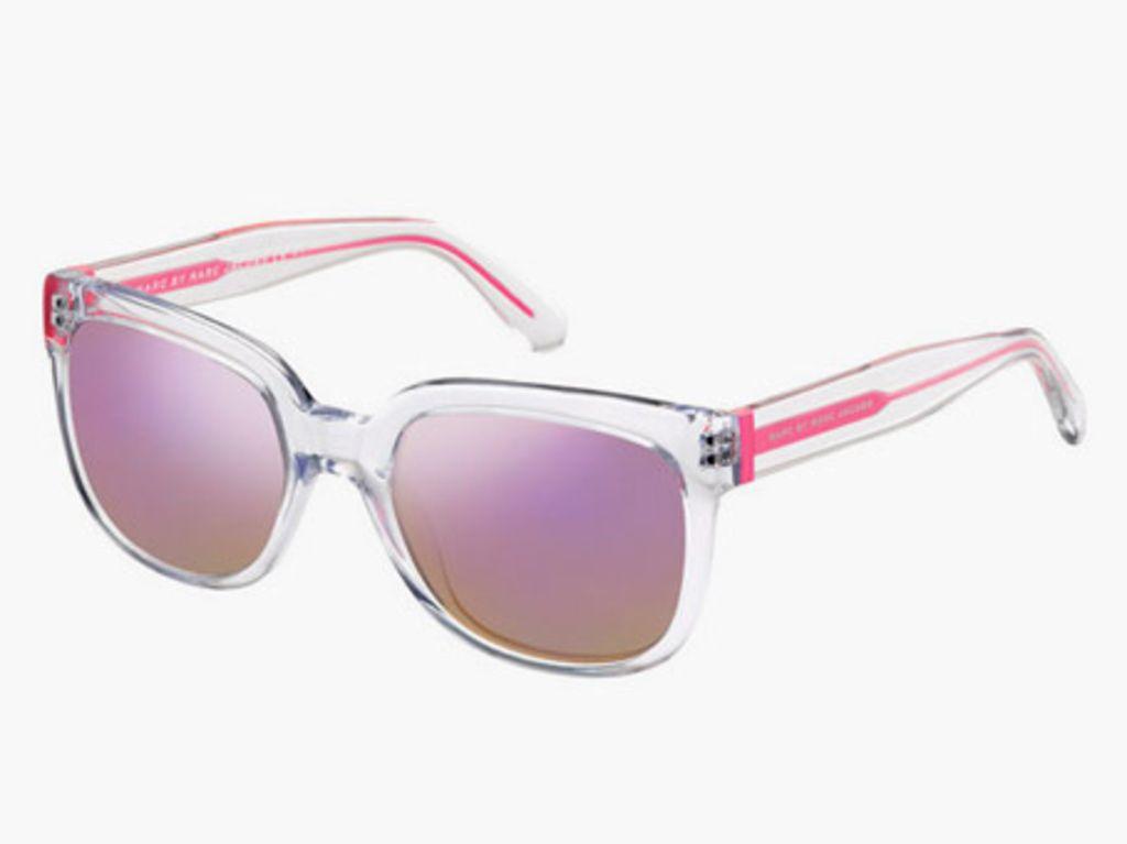 Tendance mode   Je veux une paire de solaires aux verres miroités   lunnette  soleil   Pinterest   Occhiali 8219d6d64733