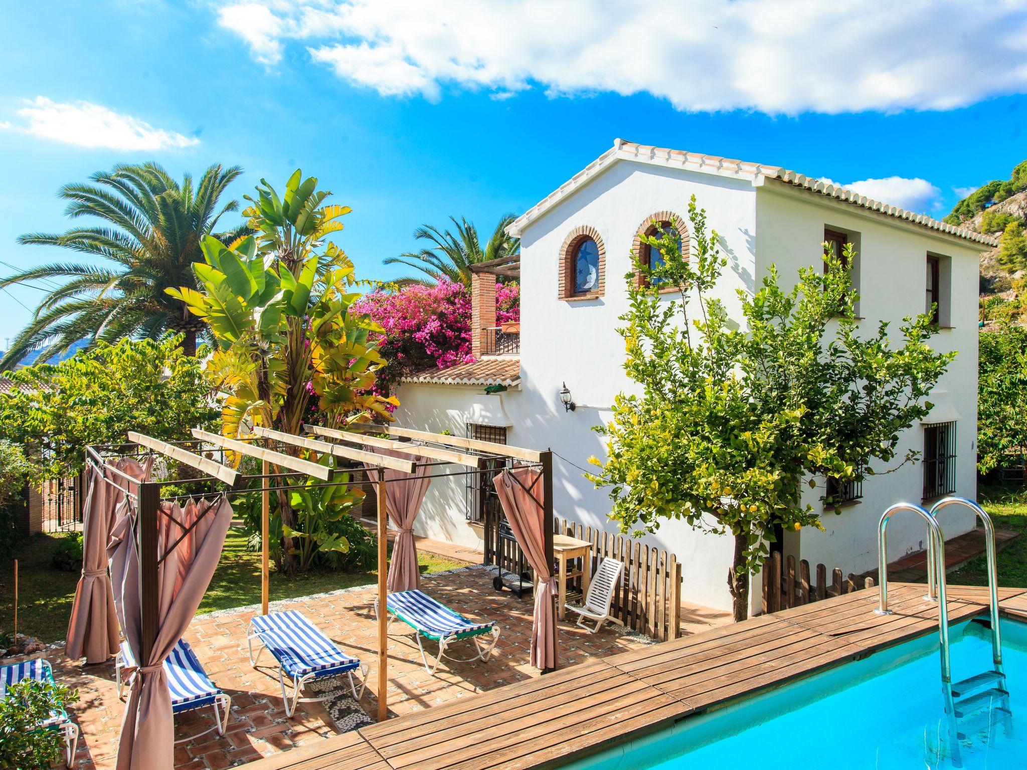 Holiday home Nerja Costa del Sol Villa Spain for rent Kika