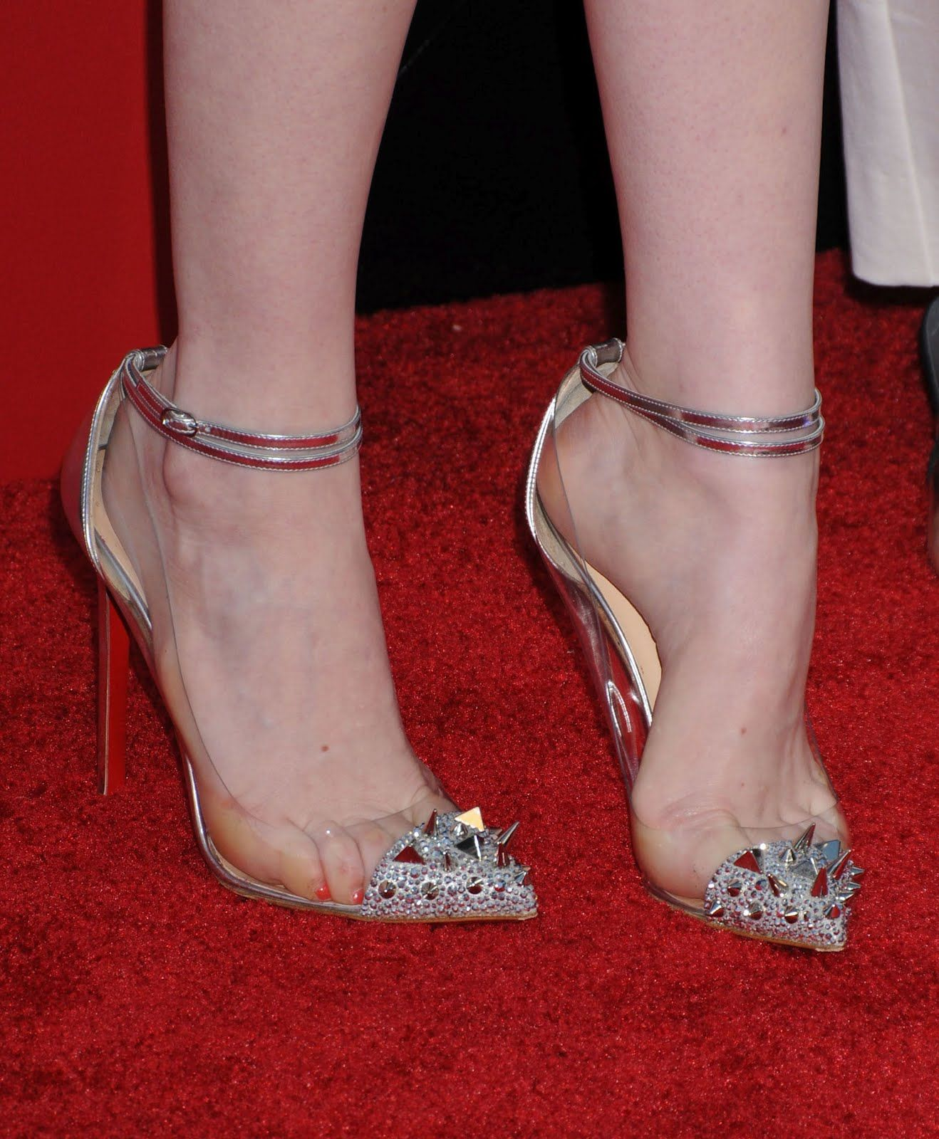 Pin Feet Turn Emma Stone