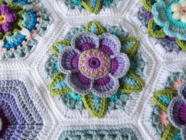 Ravelry: HadarU\'s My Frida\'s Blossom | mycrochet hexagons 3 ...