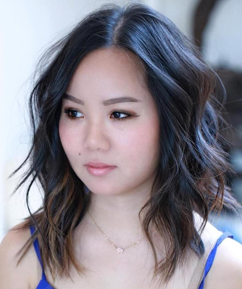 40 Stylish and Sassy Bobs for Round Faces   h a i r   Bobs for round faces, Medium layered hair ...