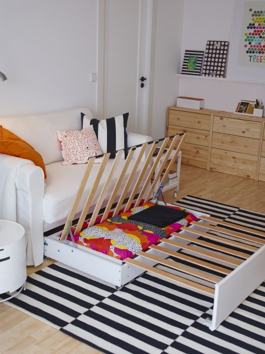 Hagalund you don 39 t have to choose between having a for Sofa bed kids room