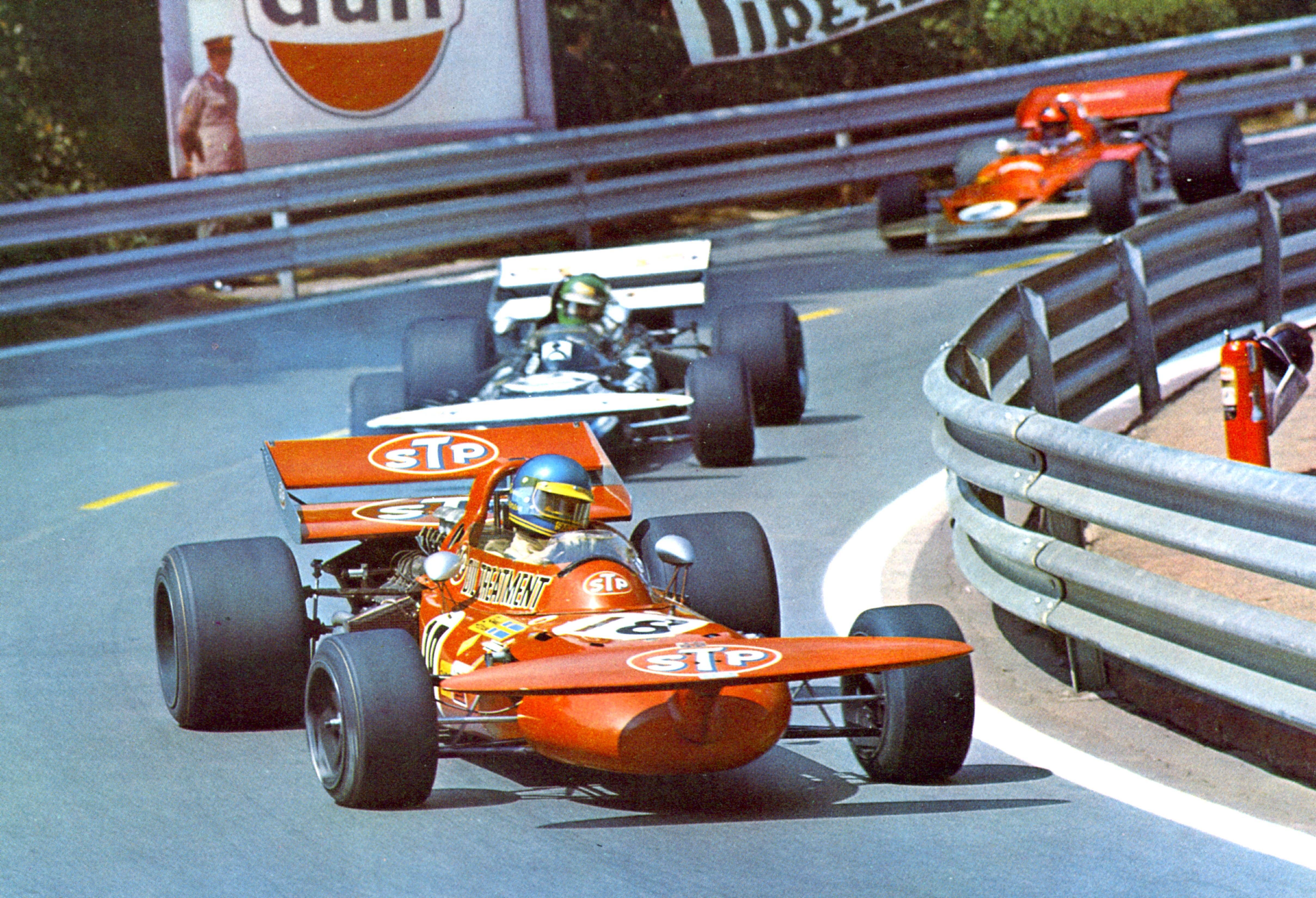 Peterson-March,Pescarolo,-Fittipaldi-Lotus España Montjuich