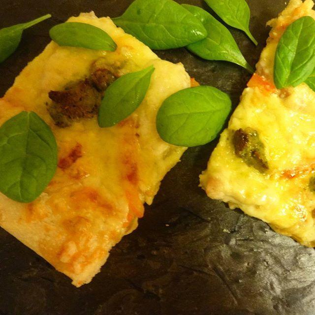 Edel's Mat & Vin : Hvit pizza med kylling & pesto ♫