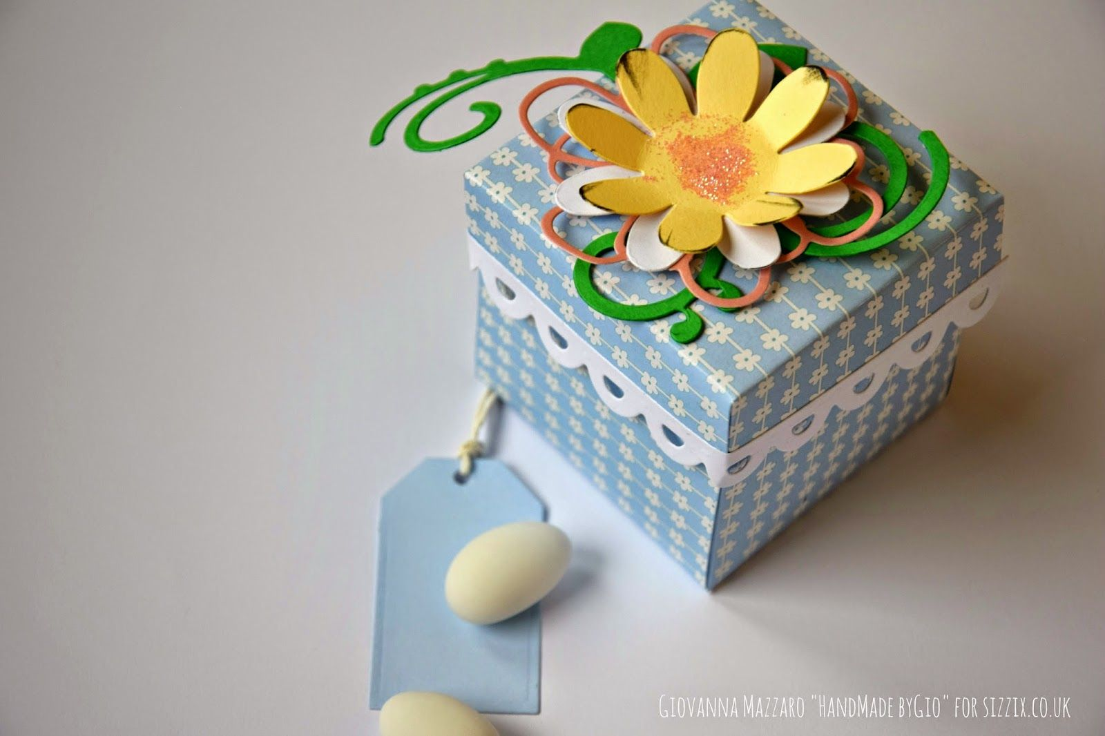 Crafting ideas from Sizzix UK: Favor box