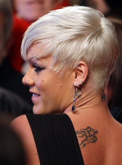 Pink Platinblonder Pixie Cut Hair Pinterest Short Hair Styles