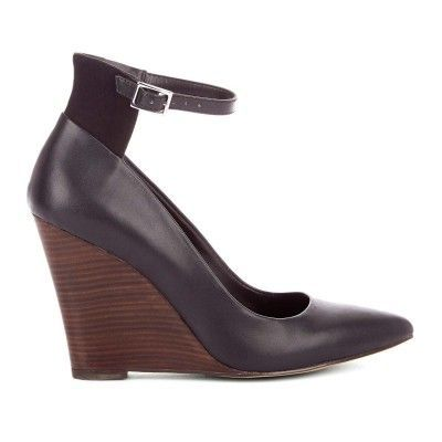 Piper, Pointed toe Wedge Color:Black