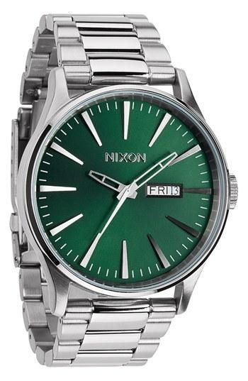 b54a5d8051d Now this is handsome! Adore the emerald green face on this Nixon ...
