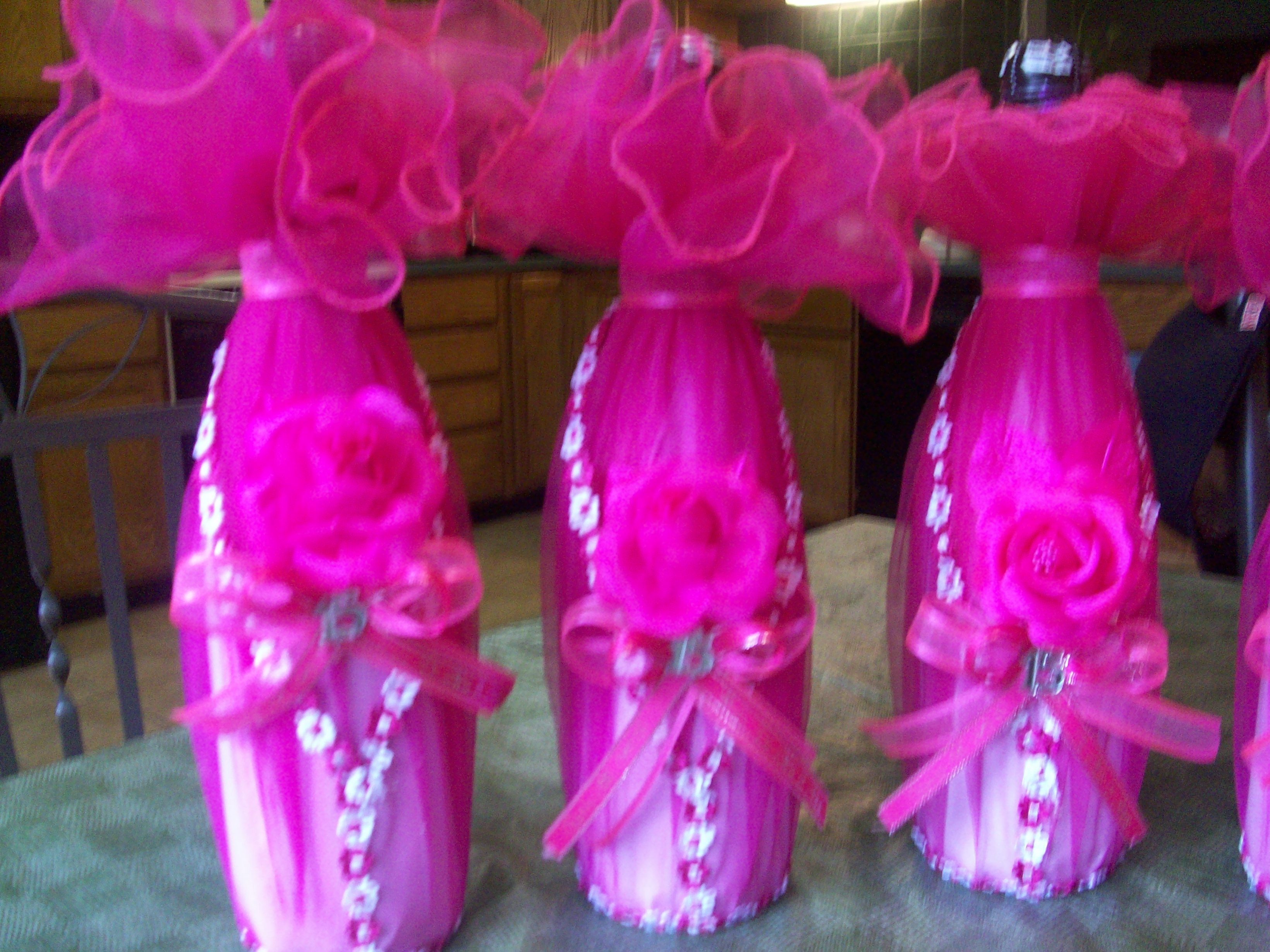 Areglos de xv anos botellas decoradas 15 anos for Mesas decoradas para 15 anos