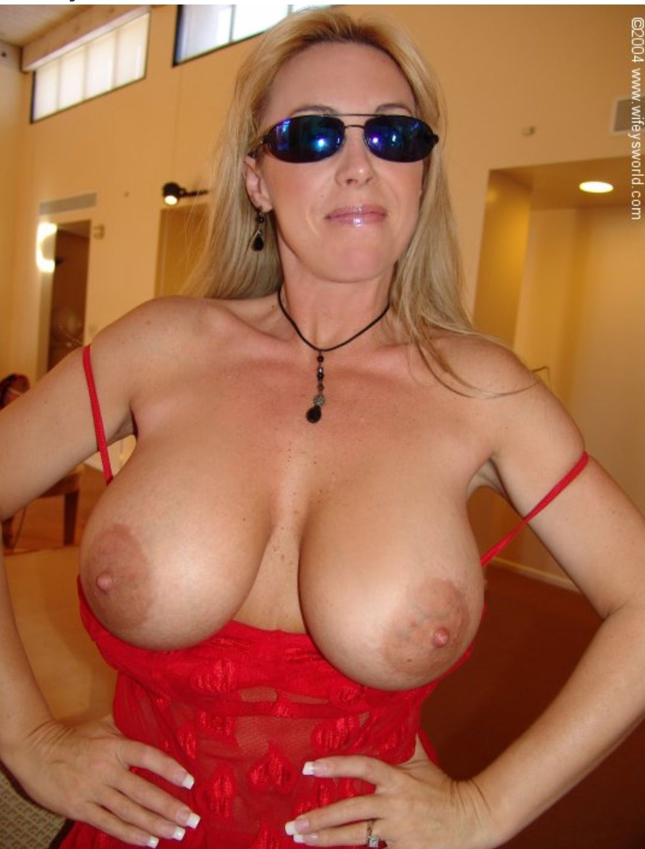 Pin By My Info On All Natural Larger Breasted Women Lover