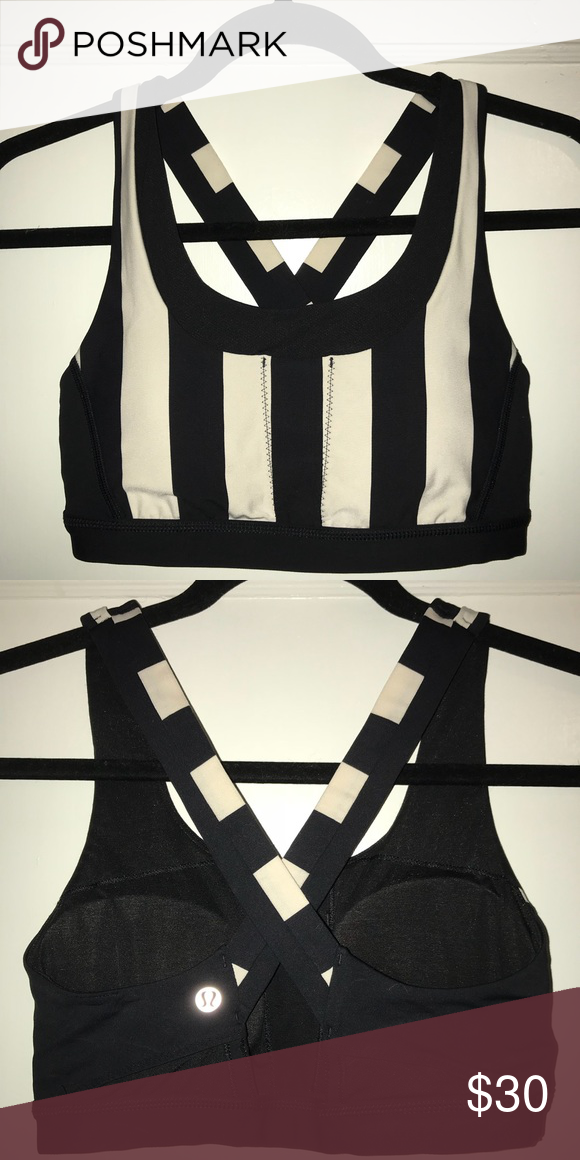 6992acd8bf7a5 Lululemon All Sport Bra - Black and white stripe - Front of bra contains  pockets for accessories (phone