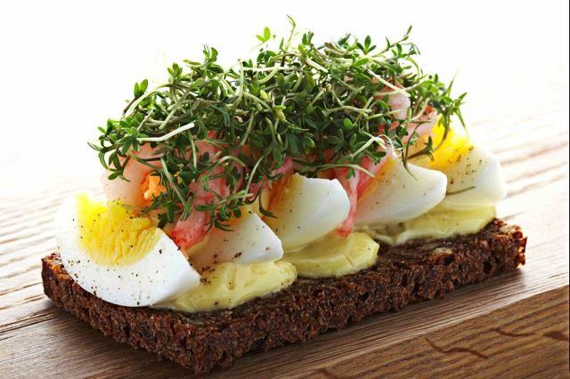 Aamann Copenhagen Brings Copenhagen To Manhattan Scandinavian Food Danish Food Cafe Food