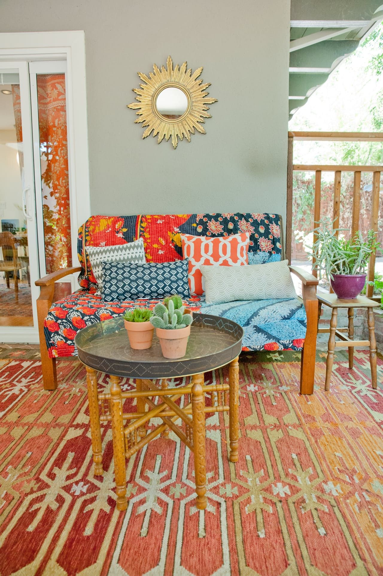 Home design bilder im freien house tour a cheery patterned oasis in california  house tour
