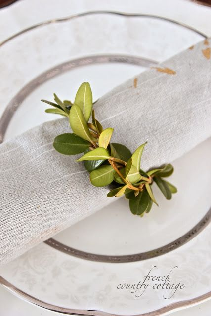 FRENCH COUNTRY COTTAGE: Boxwood napkin rings~ diy