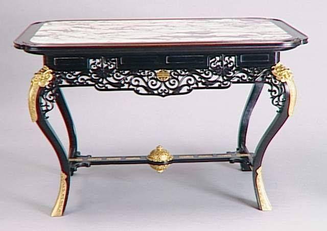 Edouard lièvre 1829 1886 bureau. bois marbre. paris musée d