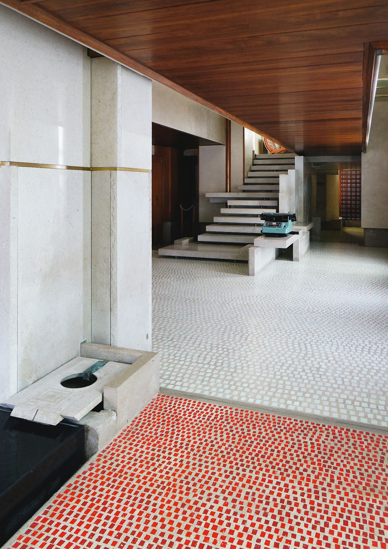 What a great staircase. Every element of this project has been 'designed', it's truly inspirational.  I can never get my head around the fact that it was carried out in the 50's!!  Olivetti Showroom. Venice, Italy. 1957-58. Carlo Scarpa