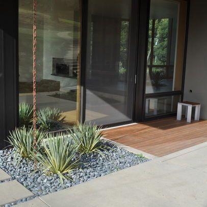Modern Backyard Design Ideas Pictures Remodel And Decor Modern Landscaping Modern Backyard Design Modern Backyard