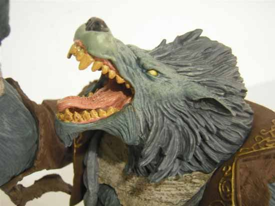 Garn Whitefang Action Figure Review