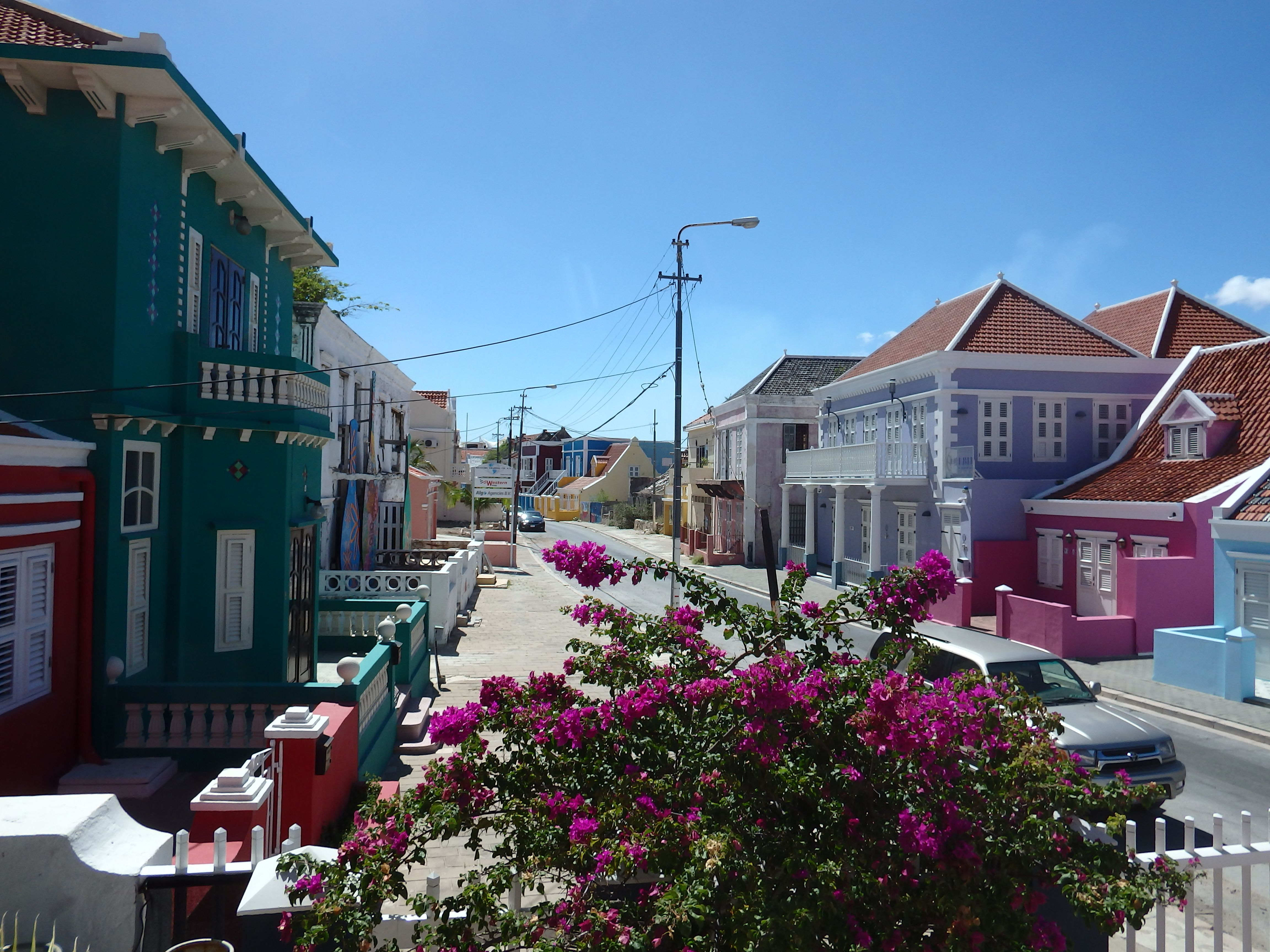 Pin van PM78 Boutique Apartments Curac op Lovely Curacao