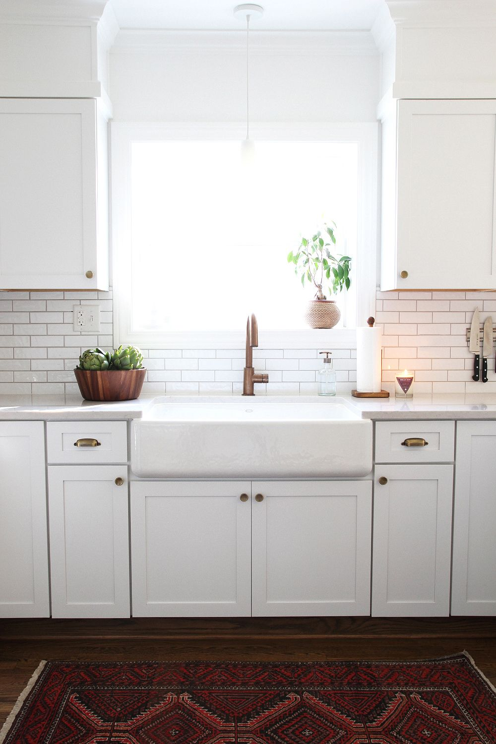 At Home With Sarah Gibson In Dayton Ohio A Beautiful Mess Kitchen Remodel Kitchen Inspirations Kitchen Decor
