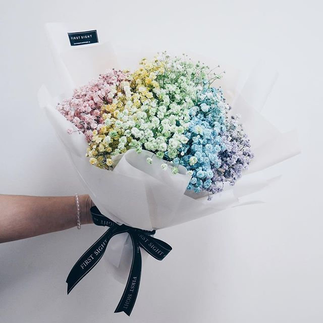 A Rainbow Baby Breath Bouquet To Beat The Monday Blues Firstsightsg Firstsightpenang 꽃다발 Sgflori Babys Breath Bouquet Babys Breath Flowers Rainbow Flowers