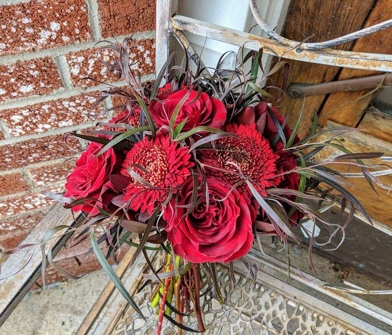 Burgundy Bouquet #harringtonflowers #gothicflowers