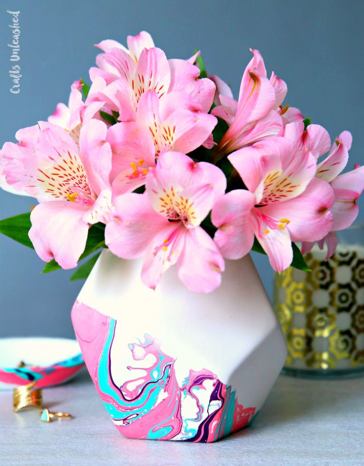 How to Marble Paint to Create a Custom Vase & Dish - Consumer Crafts #marblepainting