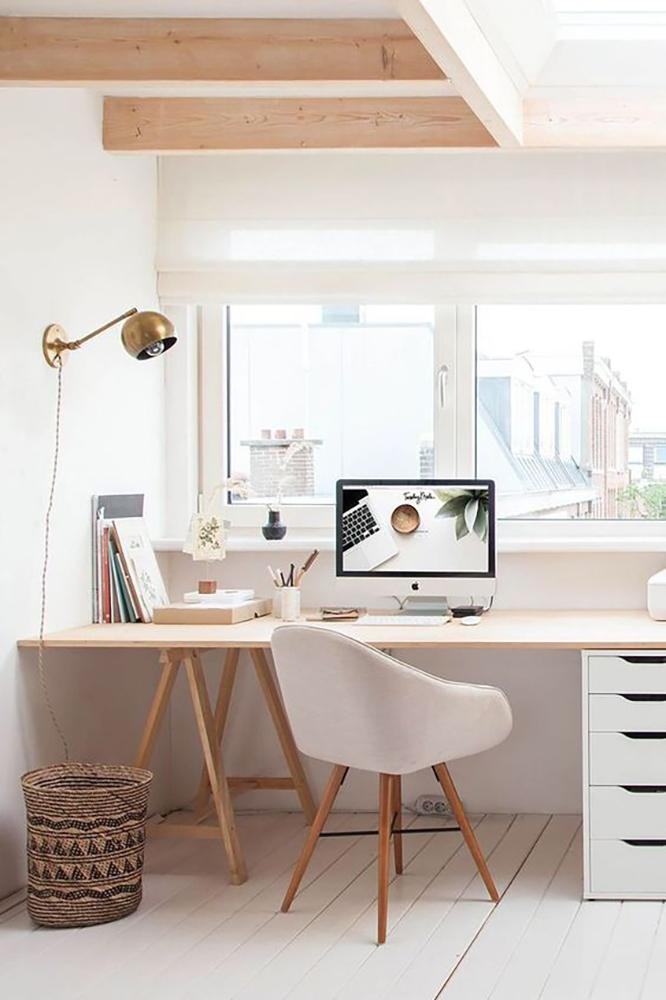 12 Inspiring Desk Space Ideas From Pinterest In 2020 Home Office Decor Office Interior Design Home Office Space