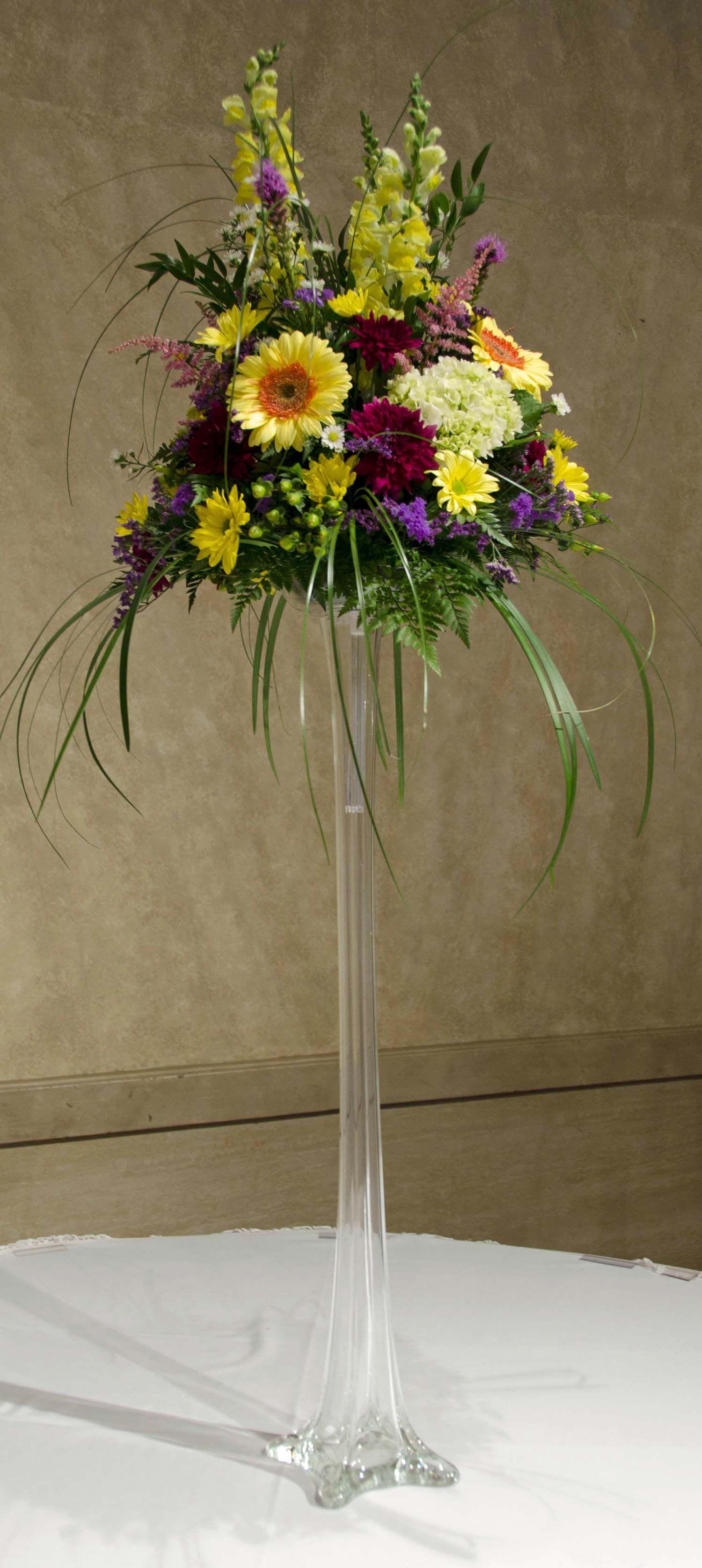 Wedding eiffel tower vase centerpiece