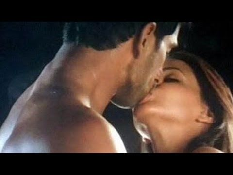 Aishwarya Rai Hot Kiss