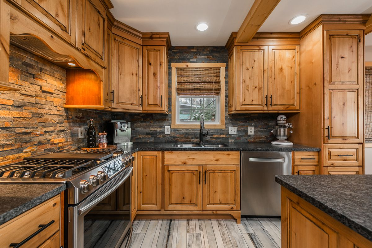 Best Pin By Executive Real Estate On Homes For Sale Log Home 400 x 300