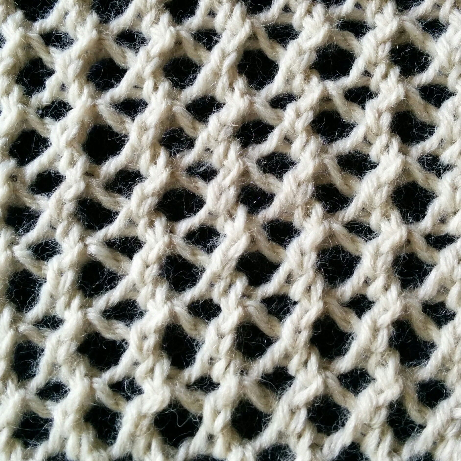 The Mesh Lace stitch is a simple lace stitch that is very easy to ...
