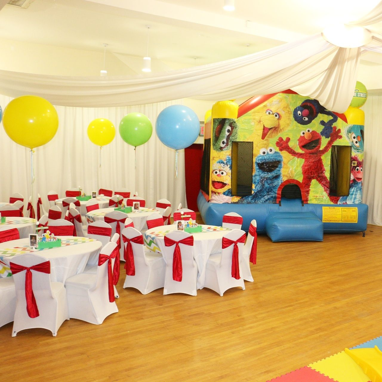 Sesame Street Party Room Bouncy House Rental And Decor By