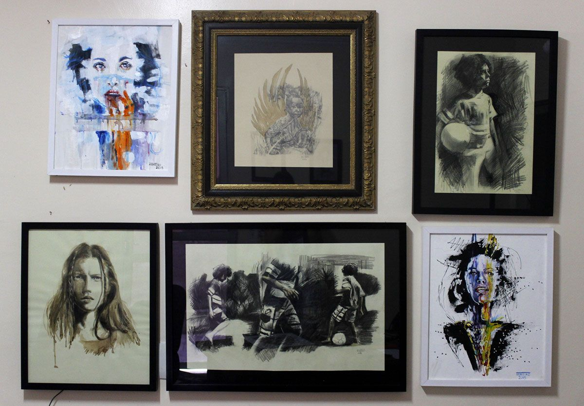 Peças que participam da exposição de artes plásticas do salao de Arceburgo -MG