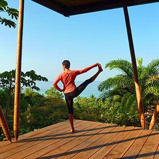 morning yoga at Finca Exotica ecolodge