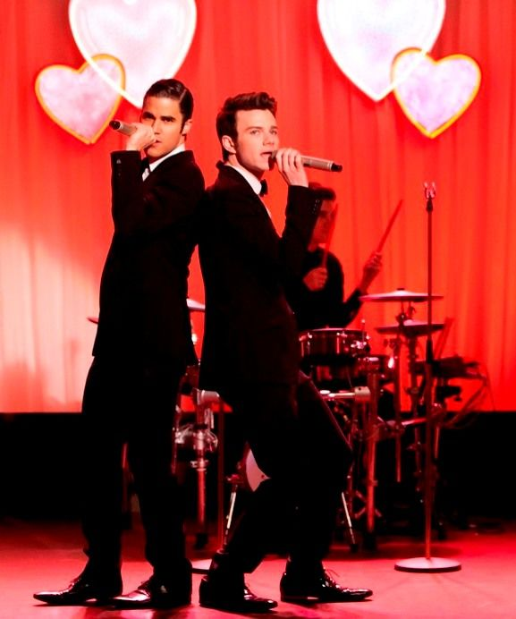 """Klaine is back together for Valentines Day! Episode 14: """"I Do""""."""