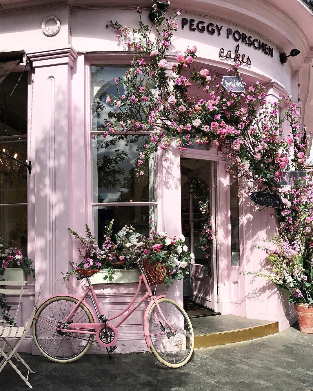 A Romantic Notting Hill Apartment In London: Notting Hill - @livinginnottinghill
