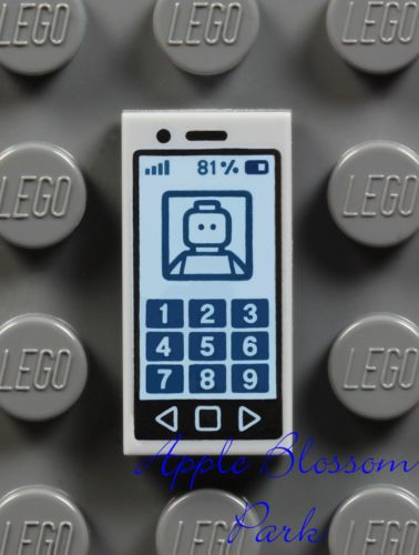 LEGO Minifigure GRAY Smart Cell Phone Girl Friends iPhone iPod 1x2 Printed Tile