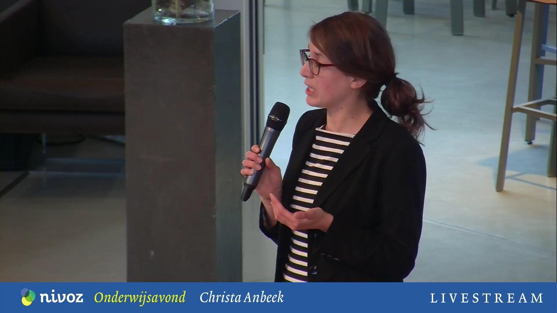 Onderwijsavond Christa Anbeek Driebergen: 'Goed onderwijs ontstaat, daar waar we kwetsbaarheid in relaties erkennen en toelaten'