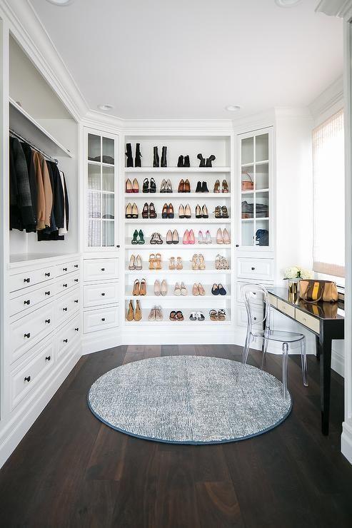 Dream Closet weißer Kleiderschrank Einbauschrank Holzböden begehbarer Kleiderschrank … - Holz DIY Ideen