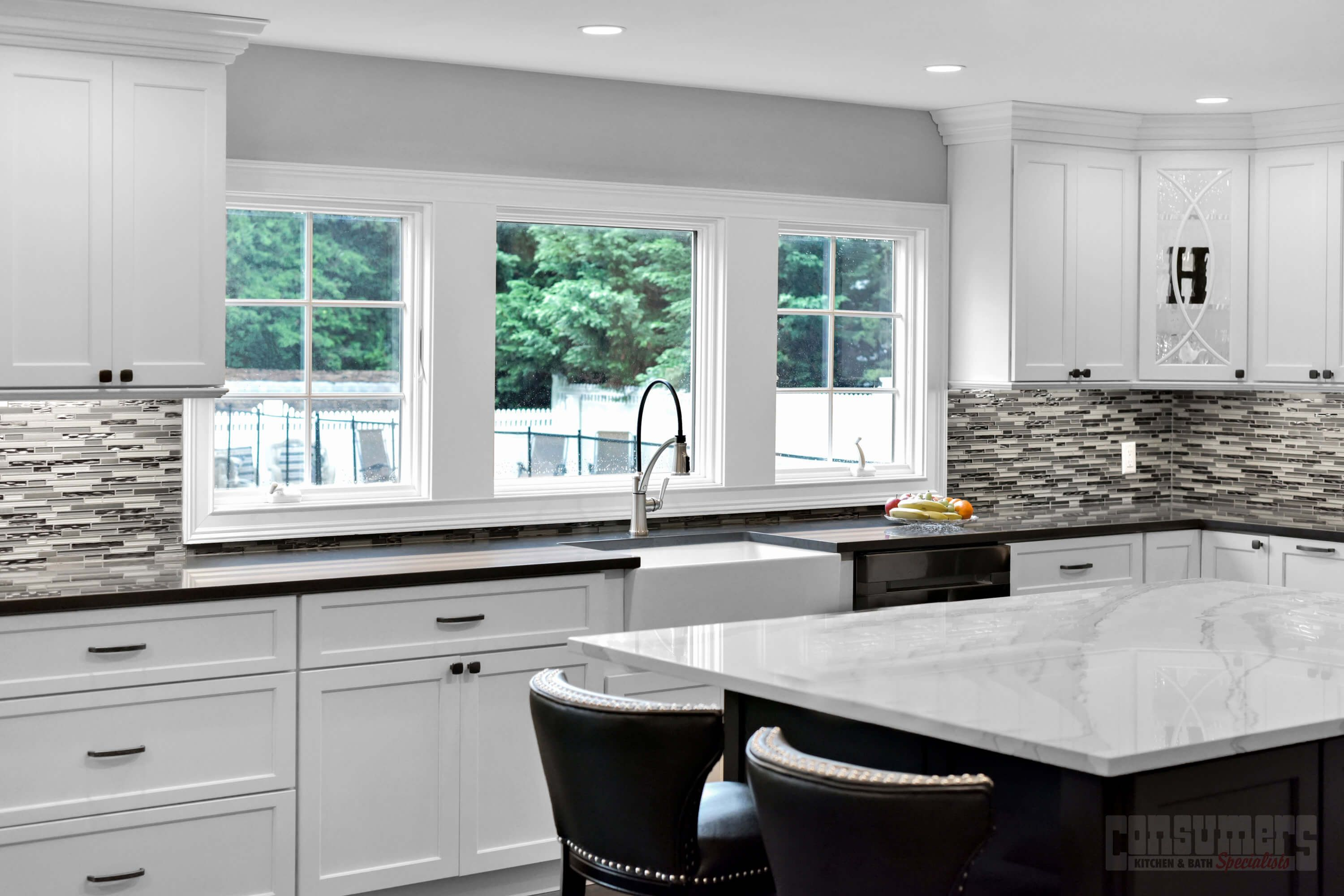Pin By Consumers Kitchens Baths On Northport Deux Kitchen Design Maple Kitchen Kitchen And Bath