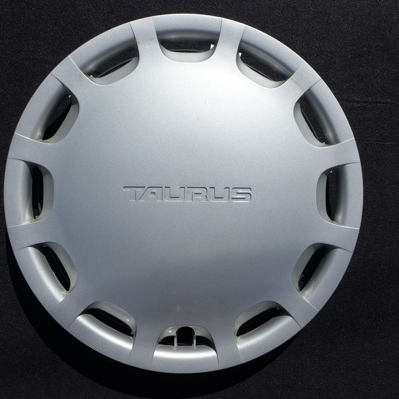 1992 1993 1994 1995 1996 1997 ford aerostar hubcap wheel cover 14 894 wheels originals and ford aerostar