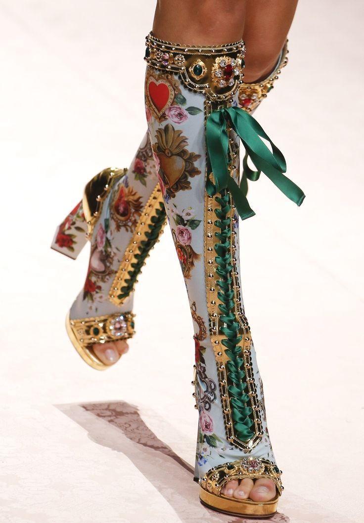 Account Suspended Runway Fashion Couture Fashion Fashion Design