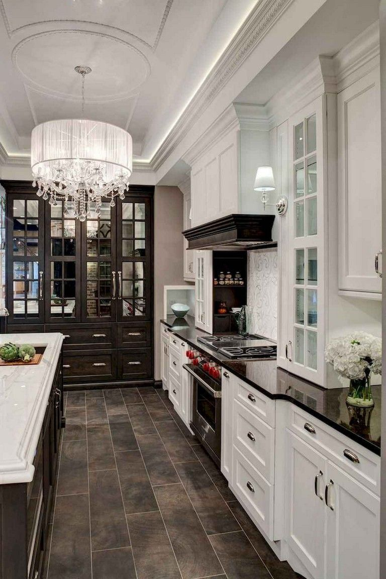 67+ GORGEOUS WHITE KITCHEN CABINETS DECOR IDEAS #whitekitchencabinets #kitchencabinets #kitchendecorideas #darkkitchencabinets