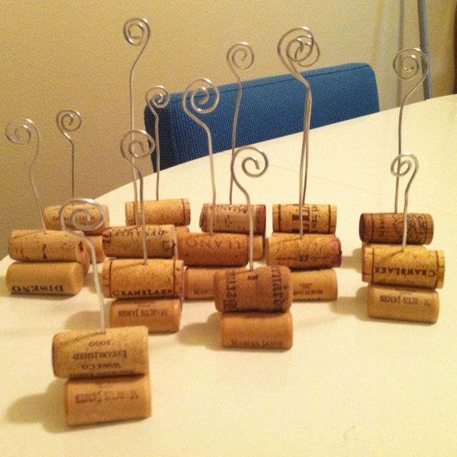 Cork Art Wedding: DIY Photo Holder... Out Of Old Wine Corks!