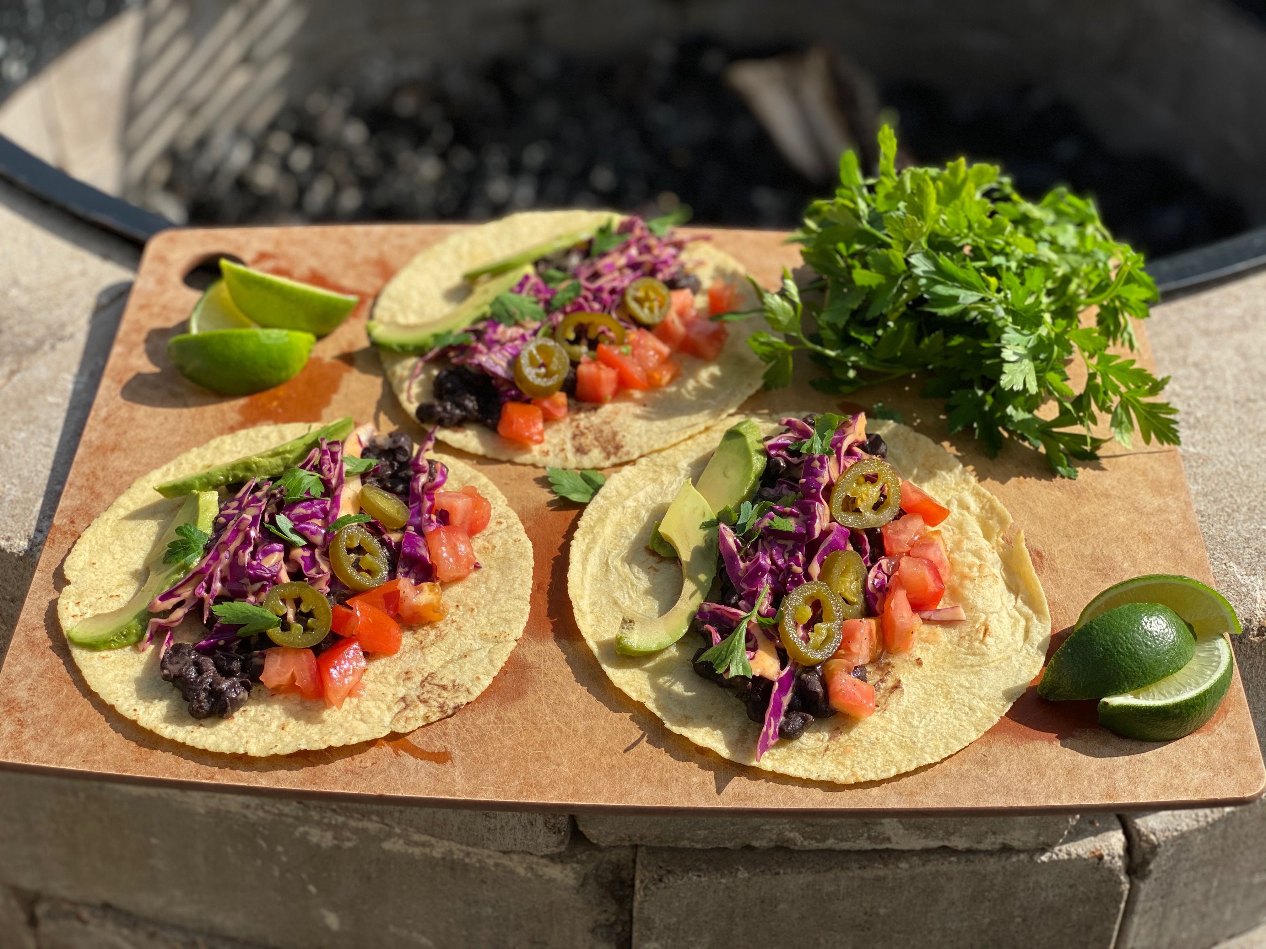 It's always a great time for vegan tacos! #organicmomma #organic #vegan #eatwithyoureyes