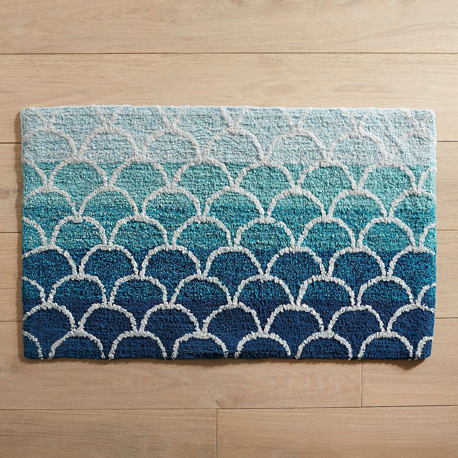 Fish Scales Ombre Bath Rug With Images Blue Bathroom Rugs