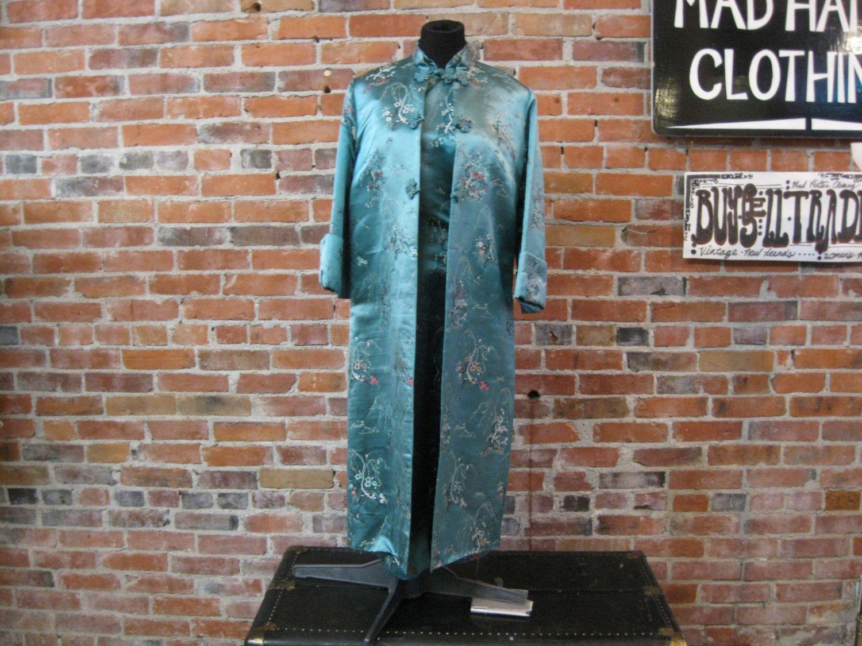 Vintage 1960er Jahre Aqua Cheongsam Kleid von MadHattersWardrobe ...