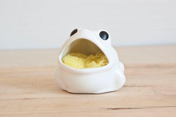 White Frog Scrubby Holder Sponge Holder Kitsch By TheWildWorld